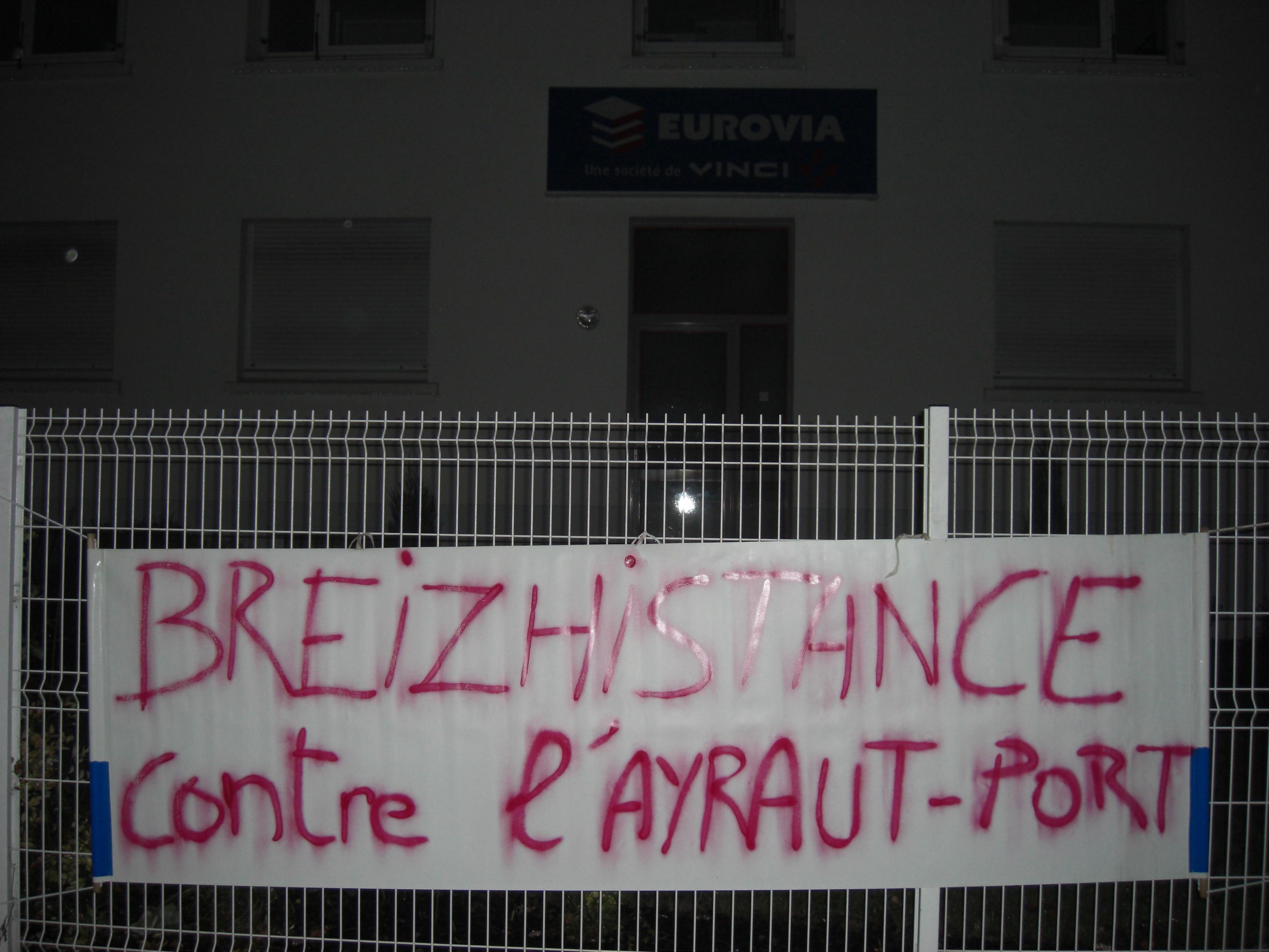 Partout en bretagne actions de soutien aux habitants en for Berthelot construction carquefou