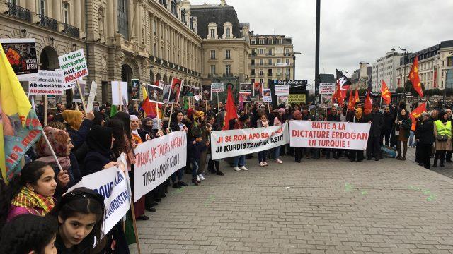 Emmanuel Macron met en garde contre toute 'volonté d'invasion de la Syrie'